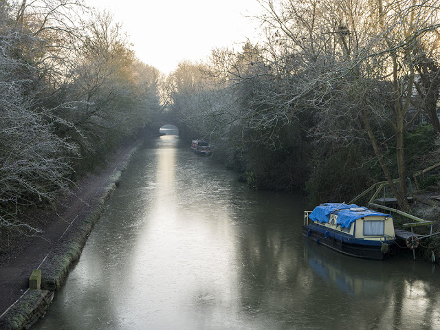 Frozen Grand Union Canal in Old Wolverton