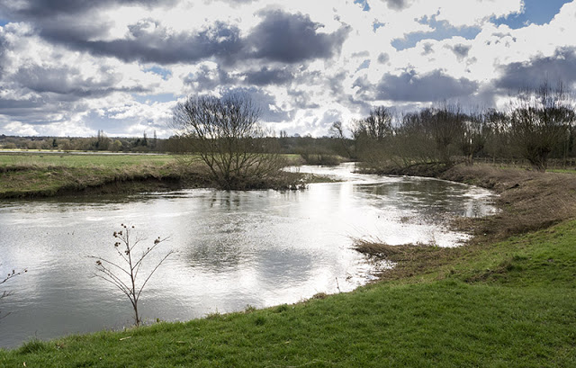 River Ouse views at New Bradwell
