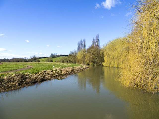 River Ouse looking stunning in the sunshine