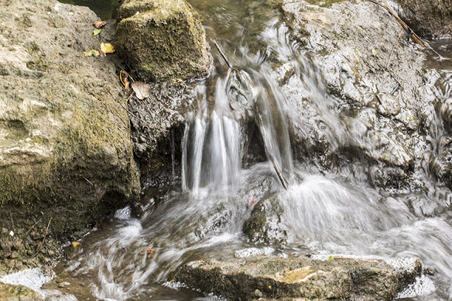 One of the small waterfalls as the water makes its way through Tattenhoe Park